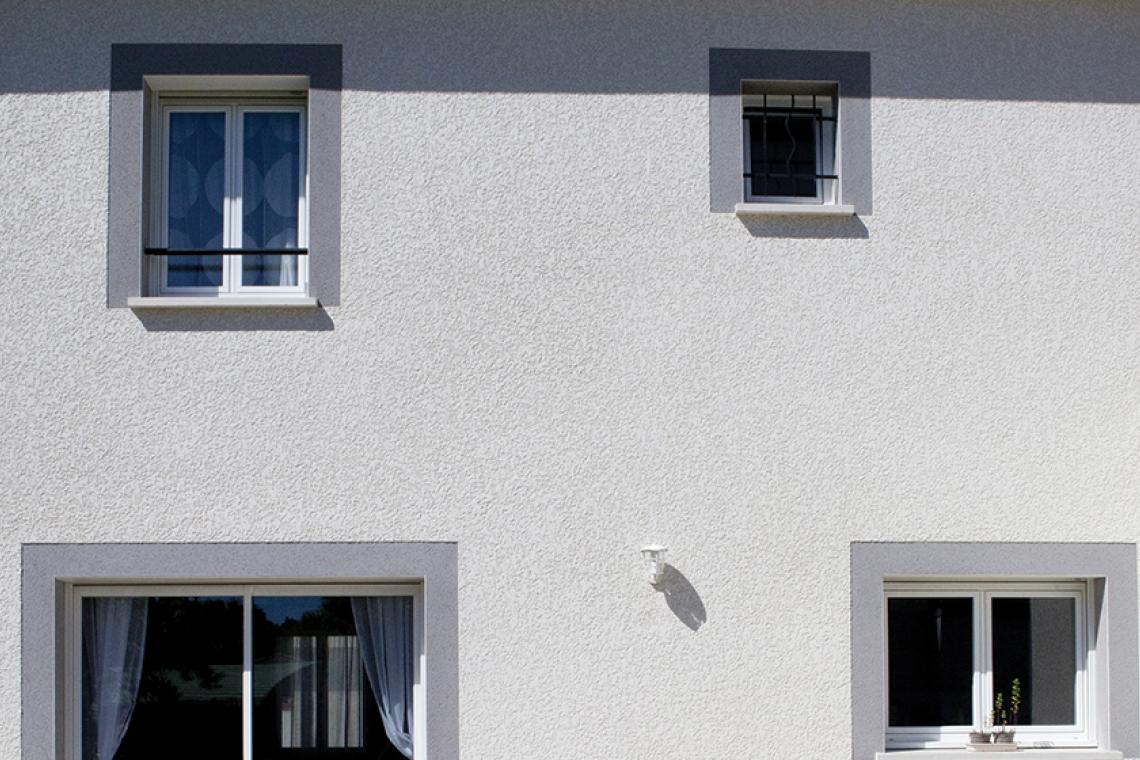 enduit facade bicolore enduit gris carnac et blanc de la ctect ombre stunning maison avec. Black Bedroom Furniture Sets. Home Design Ideas