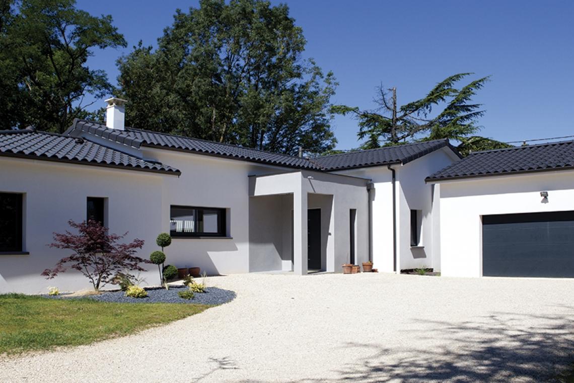 Constructeur De Maison Gers belle maison moderne aux lignes contemporaines à montauban
