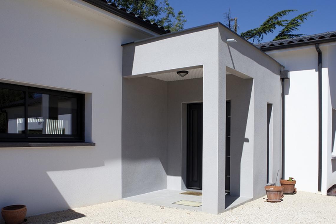 Belle Maison Moderne Aux Lignes Contemporaines à Montauban (82)