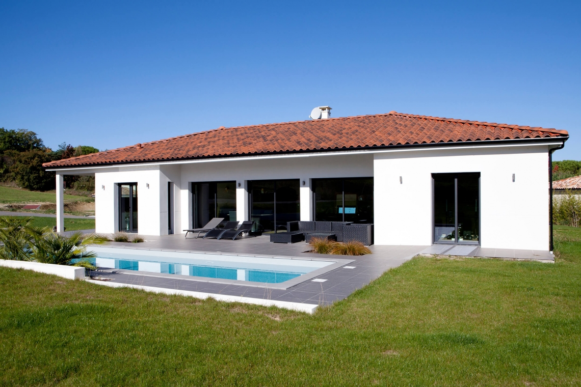 Belle Maison Sobre Et Moderne A Montastruc La Conseillere 31 Villas Et Maisons De France