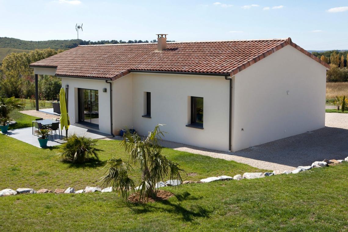 Maison De Plain Pied Innovante à Montclar De Quercy (82)   Villas Et Maisons  De France