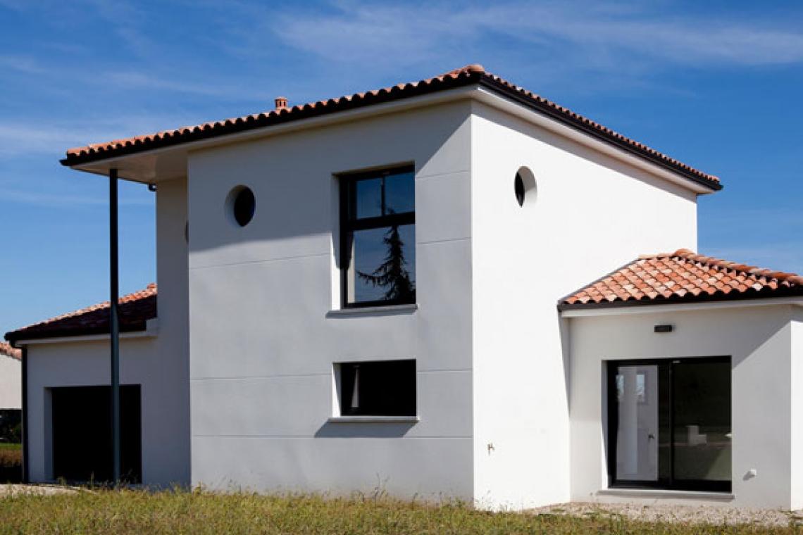 une maison tage aux lignes contemporaines merville 31 villas et maisons de france. Black Bedroom Furniture Sets. Home Design Ideas